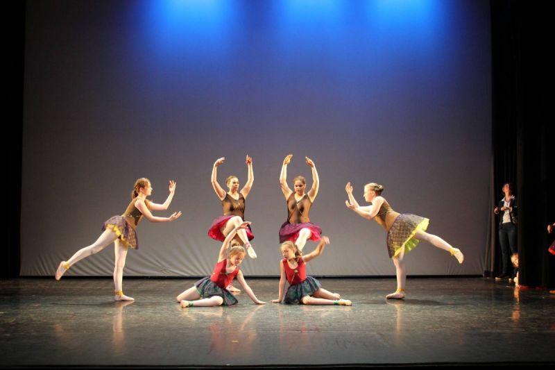 Auto-Ballet ados Spectacle Danse classique